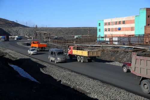 В Норильске завершается ремонт километрового участка Юго-Западной объездной дороги.