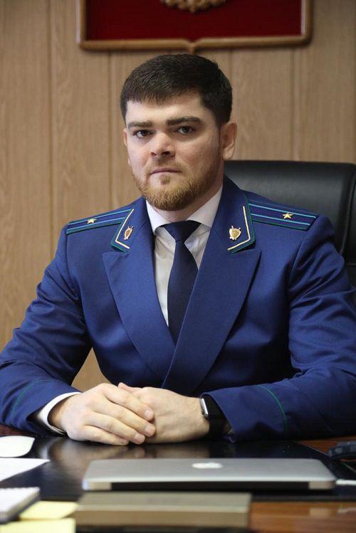 И.о. прокурора города Хаваж Гутаев поздравил норильчан с Новым годом.