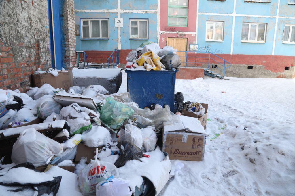 Жителям Крайнего Севера могут разрешить не платить за вывоз мусора.