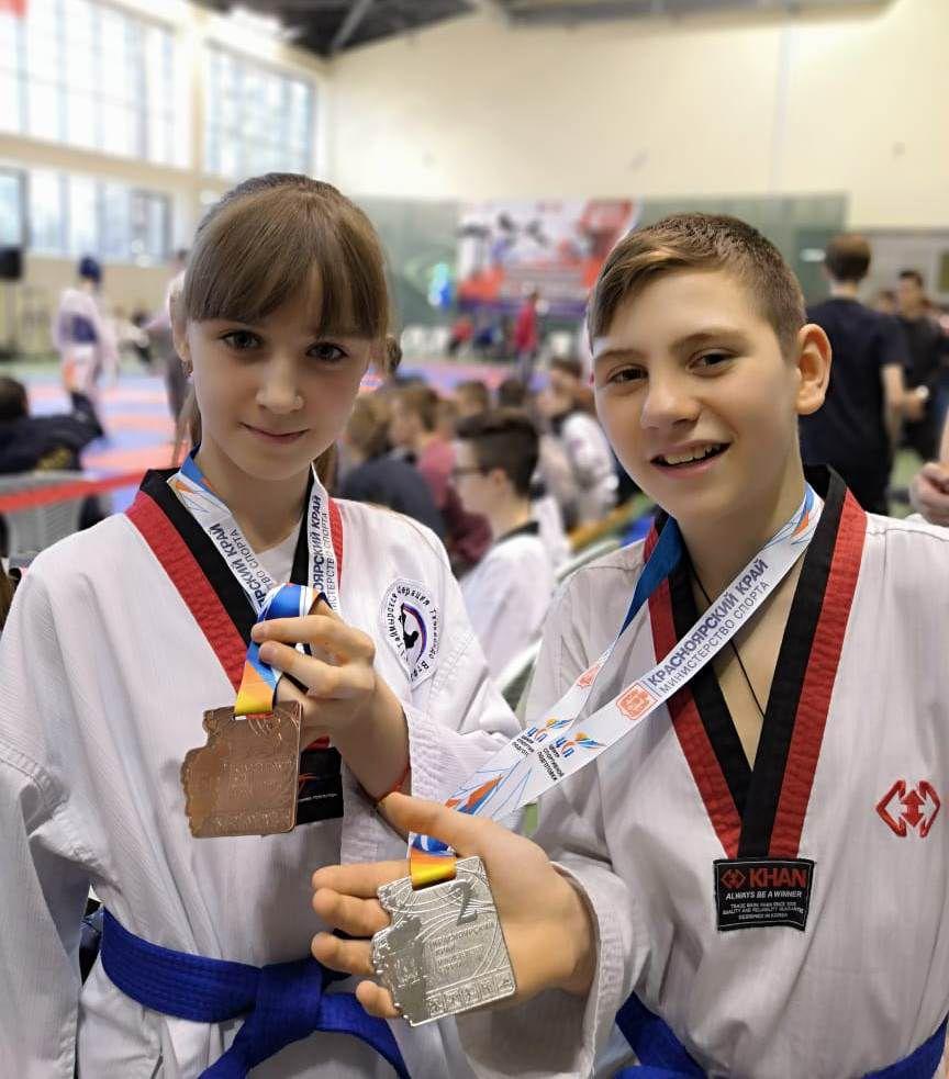 Норильские тхэквондисты вернулись с медалями с краевых и региональных состязаний.