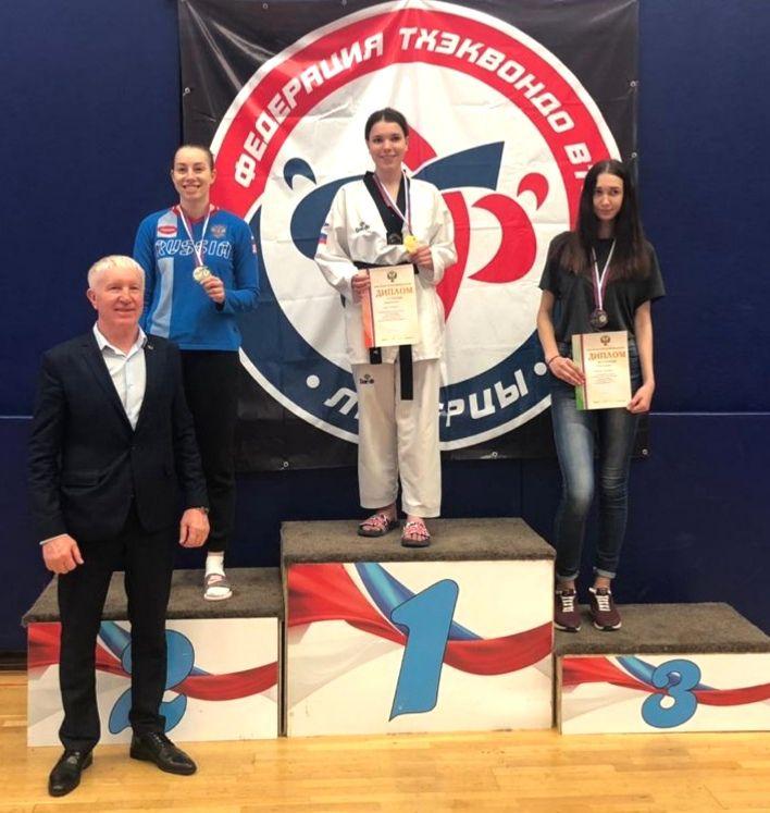 Норильчанка Полина Никуличева стала серебряным призёром всероссийских соревнований среди студентов по тхэквондо.