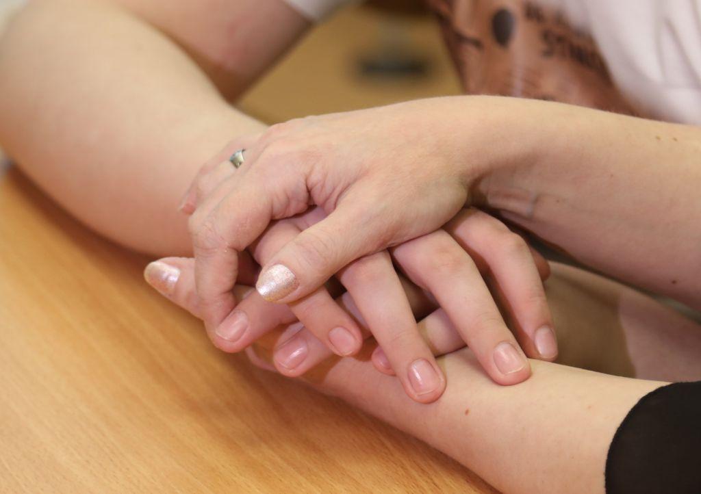 Родители, воспитывающие детей с ограниченными возможностями, к Дню защиты детей могут получить материальную помощь.