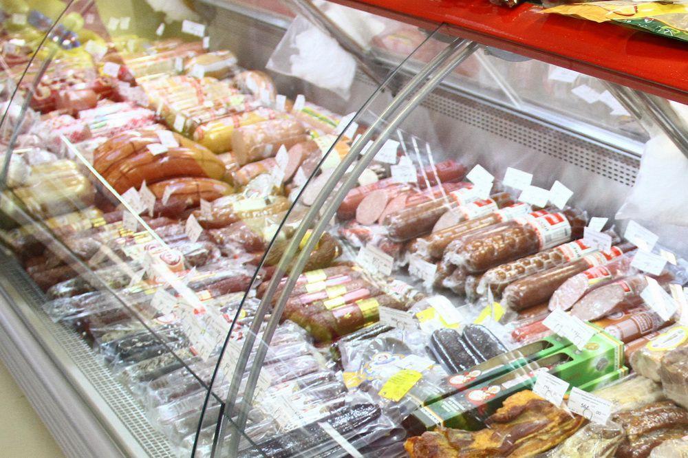 По требованию Россельхознадзора из торговых сетей Норильска отозвано 25 тонн колбас и деликатесов из оленины.