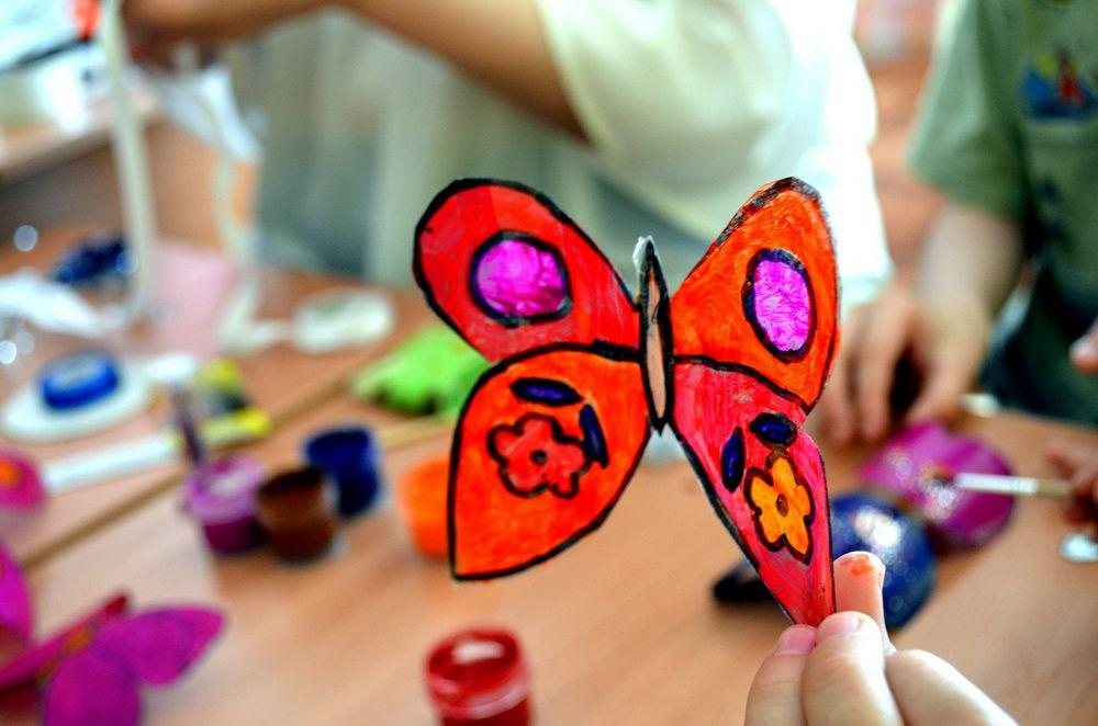 Бабочки будут порхать. Педагоги и воспитанники соцприюта проводят экологическую акцию «Мусора.NET».