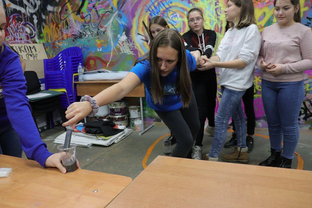 Норильские школьники погрузились в «Глубину»: в Молодёжном центре прошёл всероссийский исторический квест.