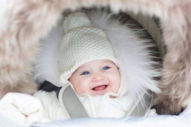 Счастливое детство. В России могут лишить работающих родителей выплат по уходу за ребёнком до полутора лет.