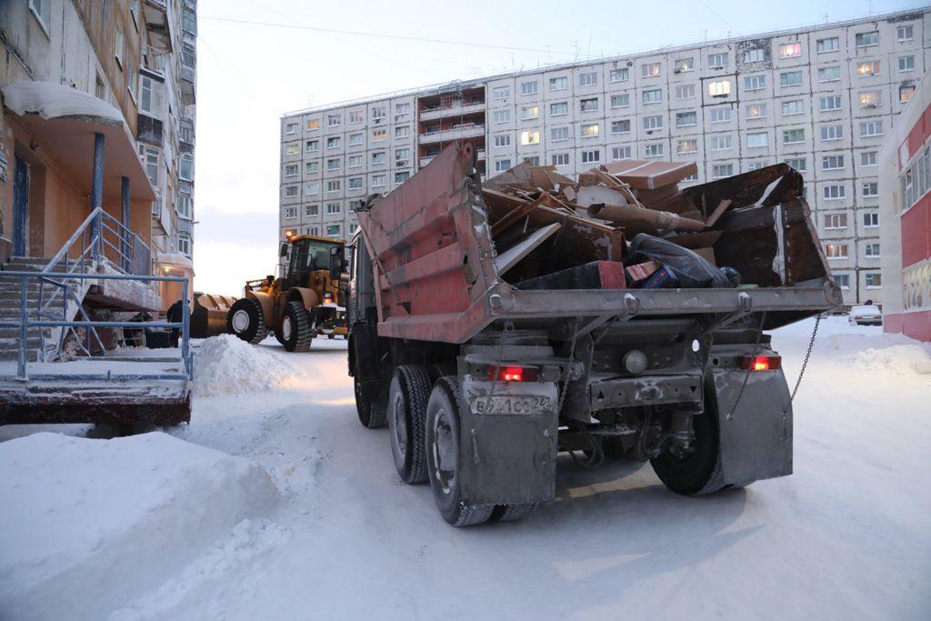 Размещение крупногабаритного мусора в черте Норильска обсуждают в администрации города.