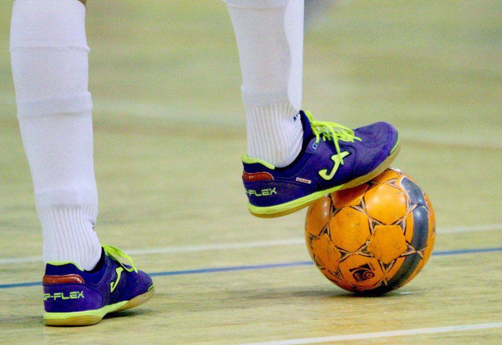 Продолжаются игры чемпионата и первенства Норильска по мини-футболу. В числе лидеров Первой лиги - прошлогодний победитель «Ремонтник».