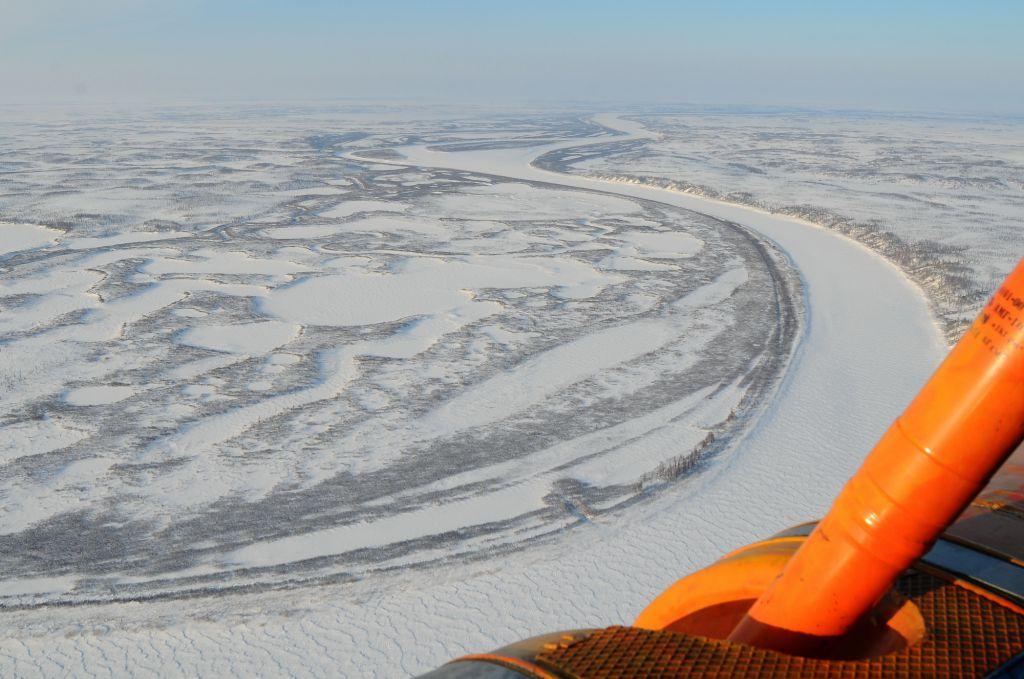 На Таймыре открылась самая северная ледовая переправа.