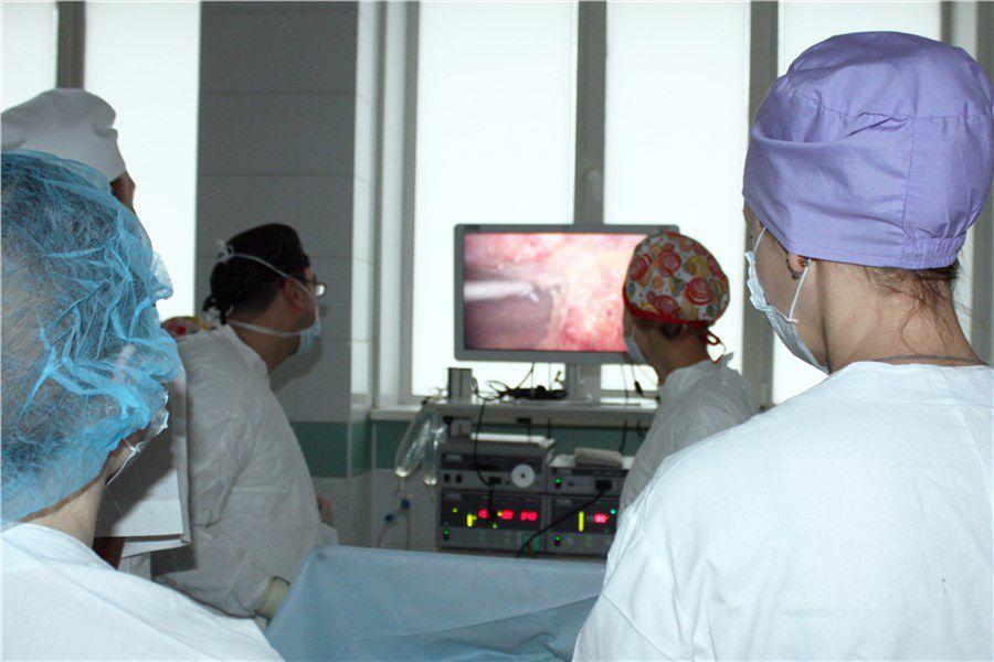 Подарили шанс стать мамой. Красноярские врачи провели уникальную операцию для бесплодной женщины.