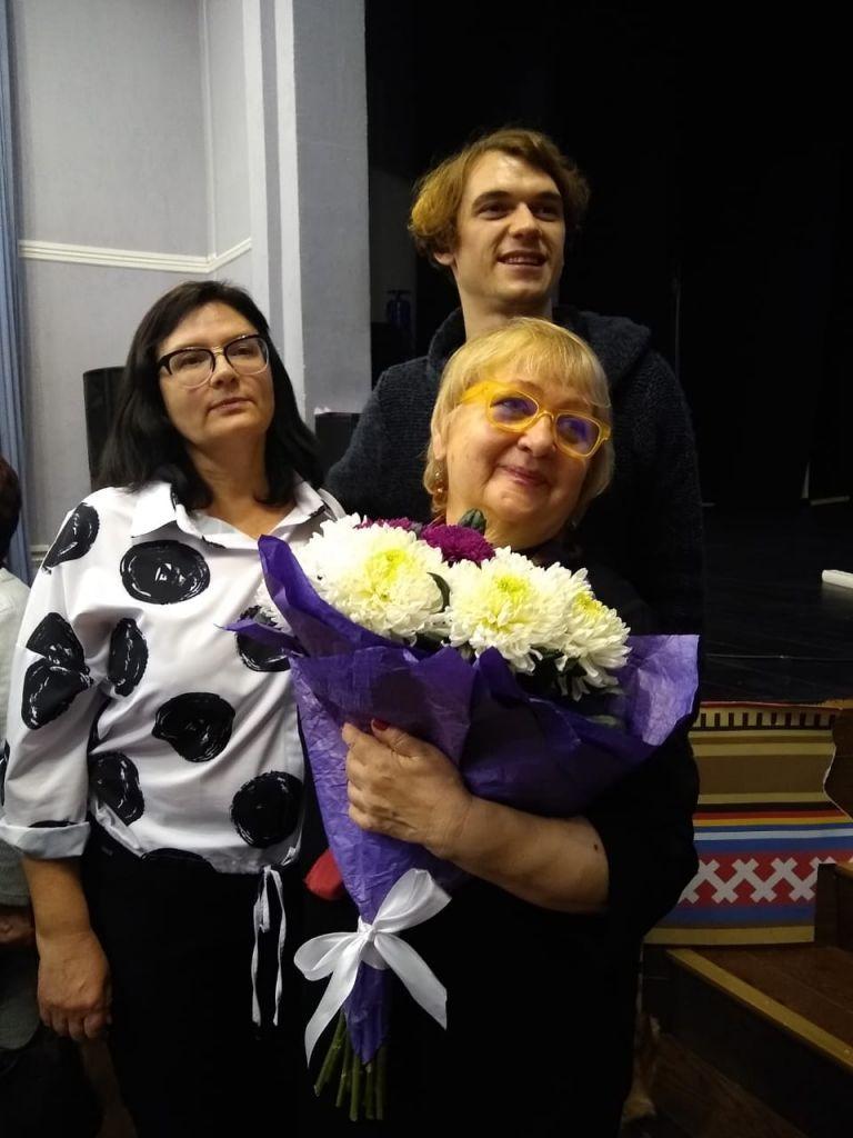 В Норильском колледже искусств состоялась творческая встреча со Светланой Гофбауэр-Галицыной, ветераном Центрального телевидения, создавшей немало популярных программ.