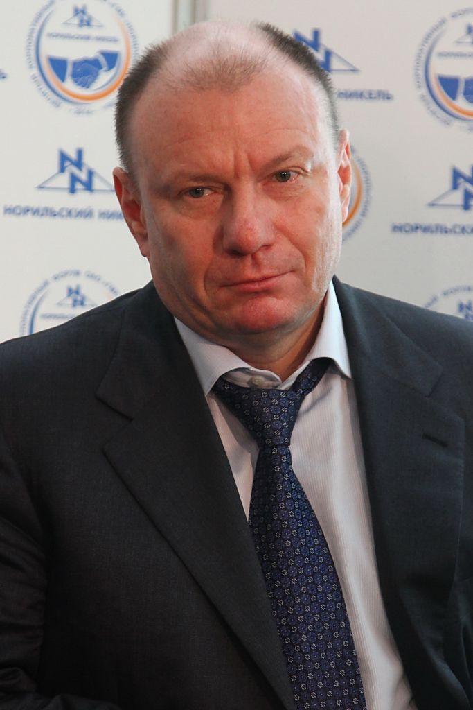 Владимир Потанин возглавил топ благотворителей страны.