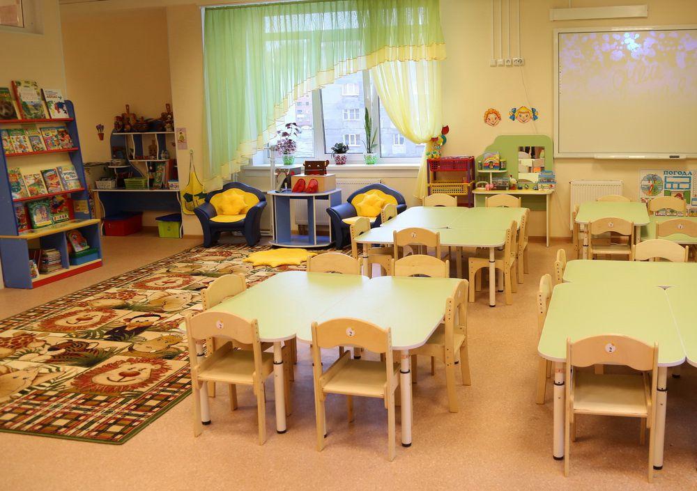 Школы и детские сады не будут работать в выходную неделю.