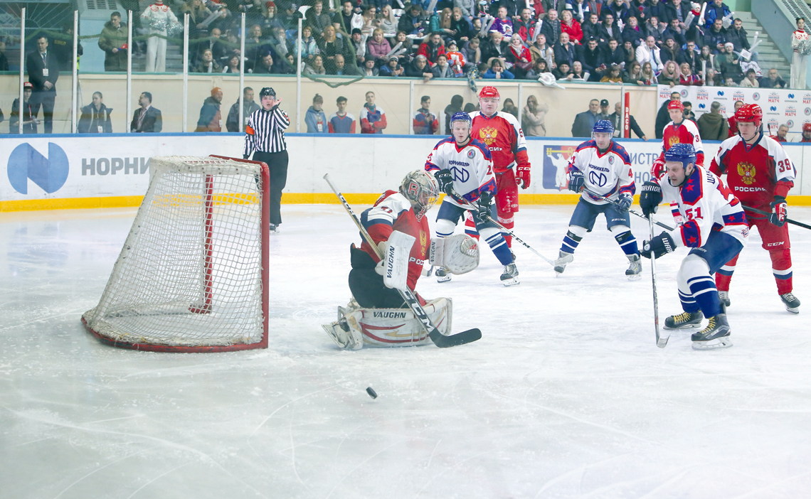 Нам нужен хоккей!