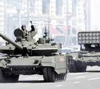 Танк Т-90М и огнемётная система ТОС-1А