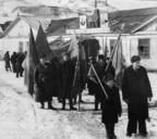 Первомайская демонстрация 1953 г. Сбор людей у геологического управления-1