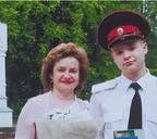 С мамой на получении аттестата зрелости