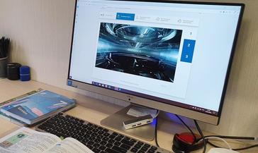 Норильским школьникам выдали 37 компьютеров для обучения