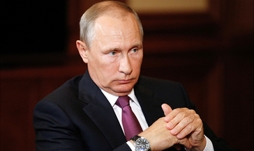 Нерабочие дни завершены, но борьба с эпидемией продолжится. Главное из обращения Путина