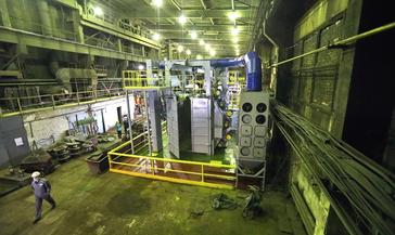 Новая дробомётная установка на механическом заводе существенно ускорит процесс выпуска стального и чугунного литья