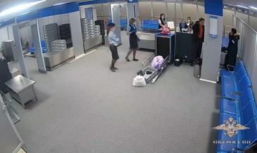 Красноярец устроил дебош в норильском аэропорту