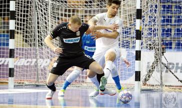 Мини–футбольный клуб «Норильский никель» провёл в минувшие выходные две принципиальные игры на арене «Айки»
