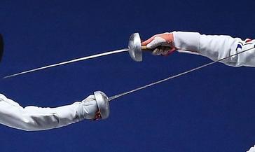 На прошлых выходных в боях за чемпионство сошлись норильские фехтовальщики