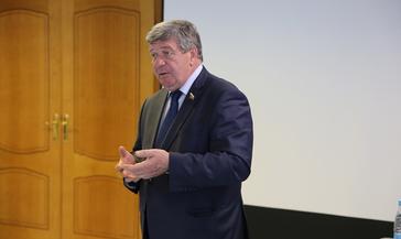 Член Совета Федерации Валерий Семёнов провёл в Норильске рабочую встречу