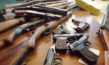 За добровольную сдачу оружия в полицию можно получить вознаграждение.