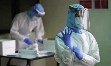 Сегодня в Красноярском крае на лечении с диагнозом «коронавирусная инфекция» остаются десять человек. За прошедшие сутки одного пациента выписали.