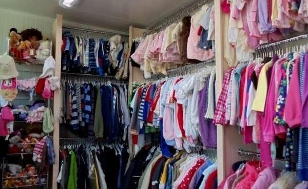 Усыновлённых детей планируют обеспечить бесплатной одеждой